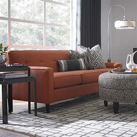 bassett leather sofa quality 24 best images about sofa on leather sofas