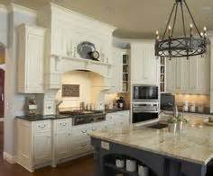 menards kitchen cabinets in stock 1000 ideas about menards kitchen cabinets on
