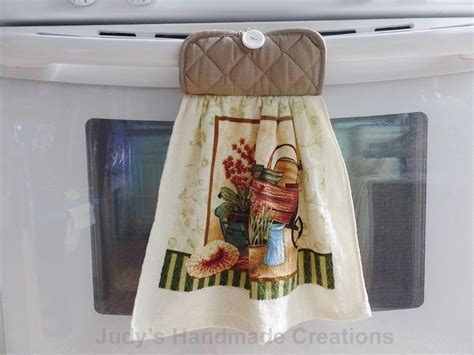 Towel For Kitchen by Hanging Kitchen Towel Hanging Towel Kitchen Towel
