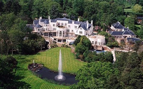 most biggest house in the world