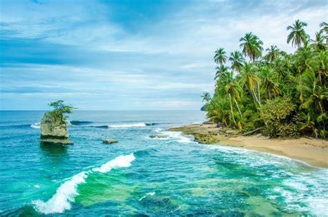 guide   travel  costa rica
