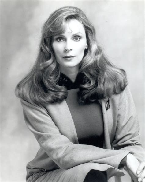 the hair on beverly gates mcfadden dr crusher her hair is amazing to