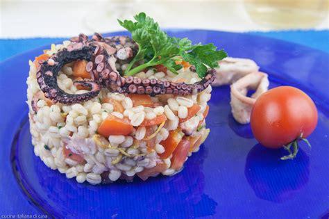 polpo come si cucina come fare un insalata di orzo con polpo e verdure