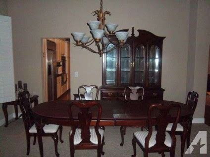 Sumter Dining Room Furniture by Sumter Cherry China Cabinet Hutch Table 6 Chairs For