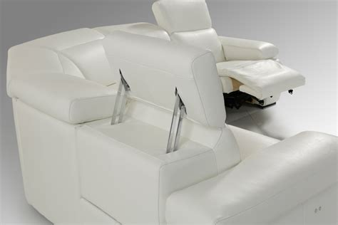 Estro Salotti Hyding Modern White Italian Leather Modern White Sectional Sofa