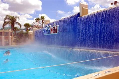 world best water park top 10 best waterparks in the world images frompo
