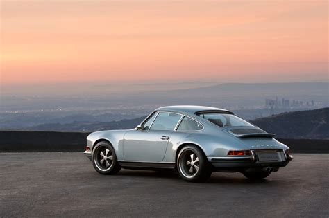 Porsche 911 Retro by Porsche 911 R To Bring Back Manual Gearbox And Retro Look