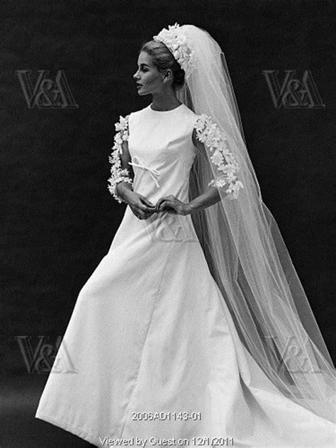 Jacqueline Kennedy Wedding Dress - Jacqueline Bouvier Kennedy ...