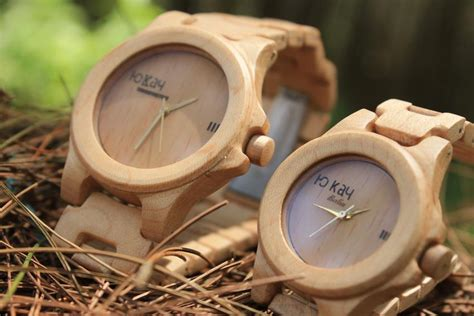 Jam Tangan Kayu Pala berkah penghasilan puluhan juta rupiah dari kerajinan jam tangan catatan dari hati