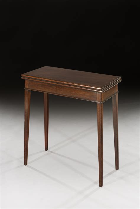 ottery antique furniture small mahogany tea table