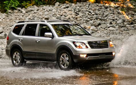 Kia Borrego Recalls 21 912 2009 Kia Borrego Suvs Recalled For Brake Pedal Issues