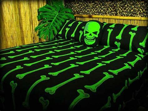 Skull And Bones Bedding Set Skull Bed Set Bad Bed Sets Beds And Skulls