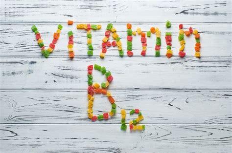 vitamine b12 alimenti vitamine b12 quel r 244 le et quelles sources choisir pour