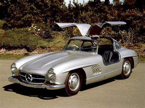 1954 1957 mercedes 300sl gullwing coupe front angle
