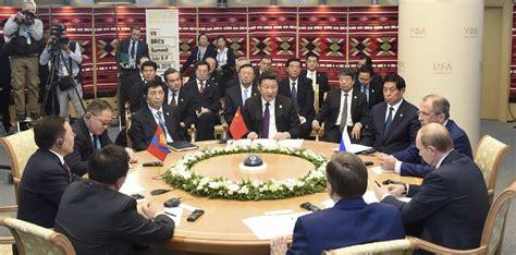 Dari Relasi Upeti Ke Mitra Strategis Hubungan Tiongkok Indonesia menlu rrt berbicara soal pertemuan pemimpin negara brics