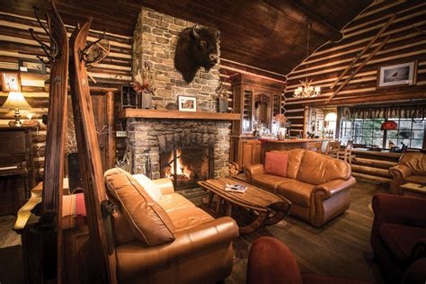 Alberta Cabin Rentals In The Mountains by 15 Cozy Cabins To Get Lost In Lovely Spaces