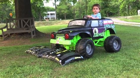 grave digger monster truck videos youtube grave digger power wheels monster truck action 12 volt