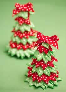 ribbon tree and craft ideas festive ribbon