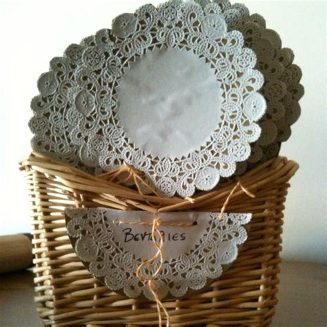 Crafts Using Paper Doilies - 17 best images about napperon dentelle paper doilies on