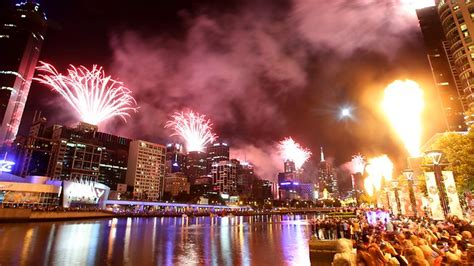 new year celebrations melbourne 2018 new year s celebrations around australia breaking