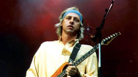 knopfler sultans of swing dire straits quot romeo and juliet quot 171 american songwriter