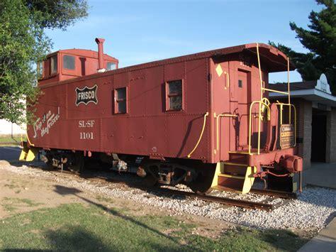 file centennial caboose in rogers arkansas jpg wikimedia commons