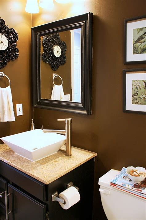 brown painted bathrooms 25 best ideas about brown bathroom paint on pinterest