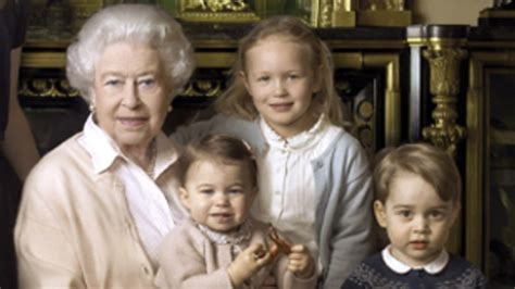 Queen Handbag by Princess Charlotte To Start Nursery In January 2