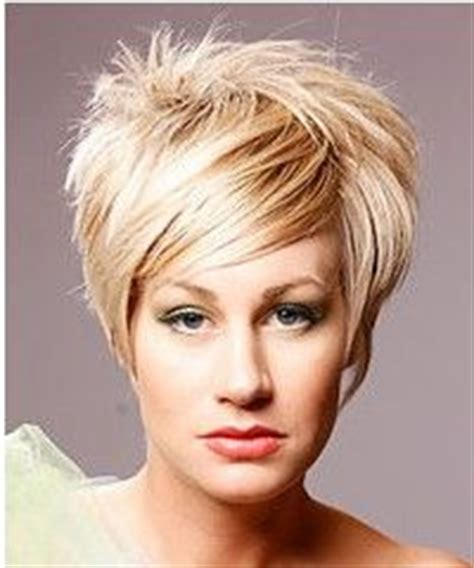 pear shaped hairstyles pear or triangle face shape on pinterest pear shaped