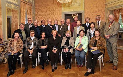 dr mattern mannheim universit 228 t heidelberg ehrte jubilare und pension 228 re