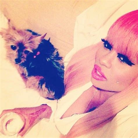 blac chyna hand tattoo blac chyna tryna get on rihanna s level with em tats on