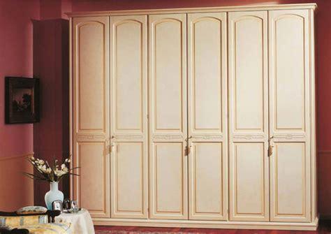 musto armadi armadi classici bianchi mobili
