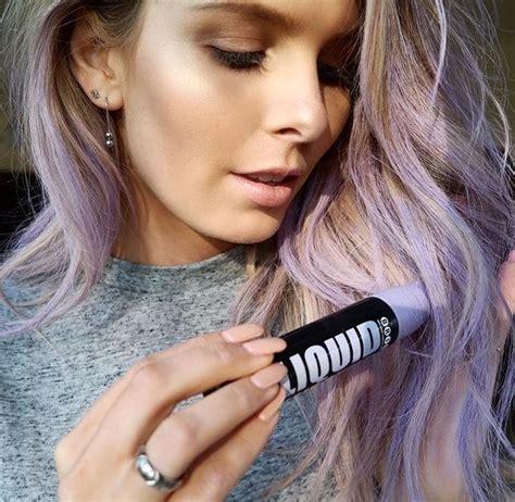 light brown hair chalk 25 best ideas about hair chalk on