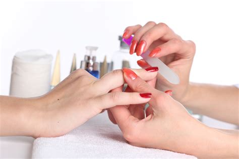 dr oz nail salon dangers of manicures pedicures fungus - Manicure Salon