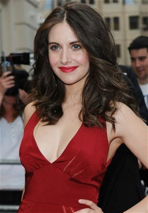 alison brie workout alison brie workout routine celebrity sizes