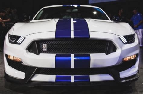 2016 shelby mustang gt 350 or 25 000