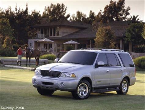 2002 lincoln navigator overview cars com 2002 lincoln navigator