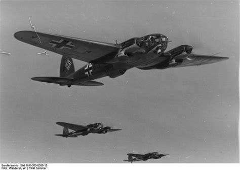 heinkel he 111 the heinkel he 111 medium bomber the globe at war