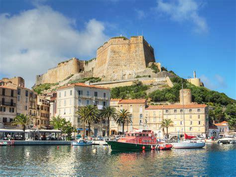 Location Voiture Bastia Port by Pharmacie Vendue Au Port De Bonifacio Corse