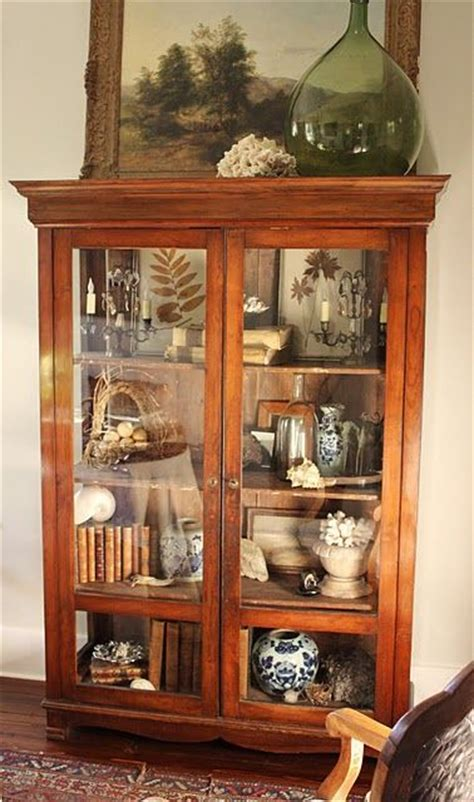 How To Build A Curio Cabinet by How To Make Your Own Curio Cabinet Woodworking Projects