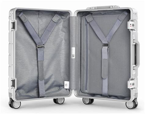 Xiaomi Runmi 90 Points Metal Suitcase Koper 20 Inches xiaomi 90 points metal suitcase koper travel 20 inches silver jakartanotebook