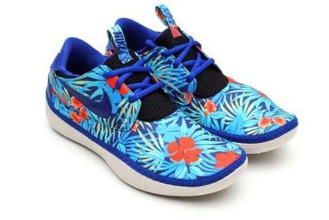 nike hawaiian print shoes nike hawaiian print shoes 28 images black sneakers
