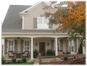 shutter colors for beige house 25 best ideas about house on house