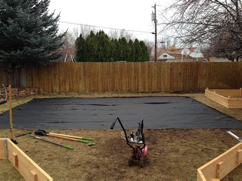 Fabric Raised Garden Beds by How To Build A Raised Garden Bed In 3 Steps