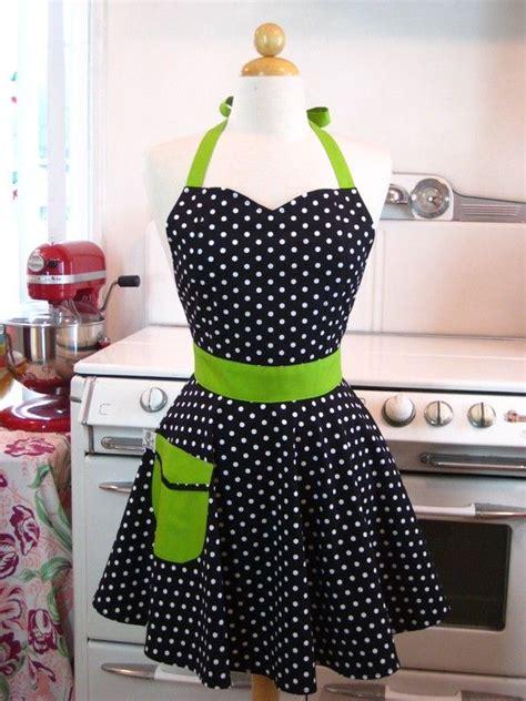 apron pattern sweetheart neckline retro full apron sweetheart neckline black and white polka