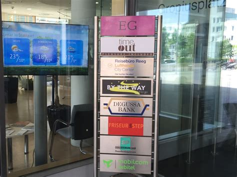 degussa bank filialen serie banking 2 0 degussa bank rollt digital signage aus
