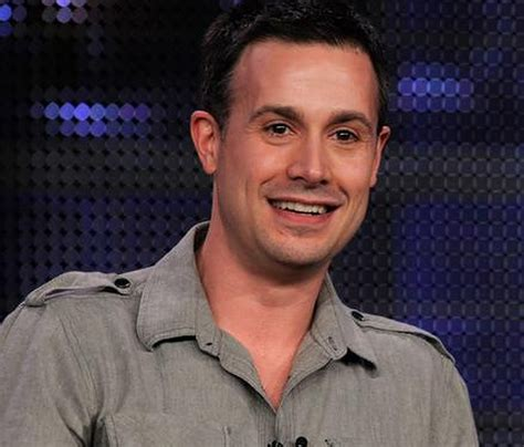 whatever happened to freddie prinze jr the huffington post freddie prinze jr kiefer sutherland nearly made me quit