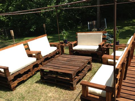 Patio Furniture Made Out Of Pallets 20 How To Make Patio Furniture Out Of Pallets Ahfhome My Home And Furniture Ideas