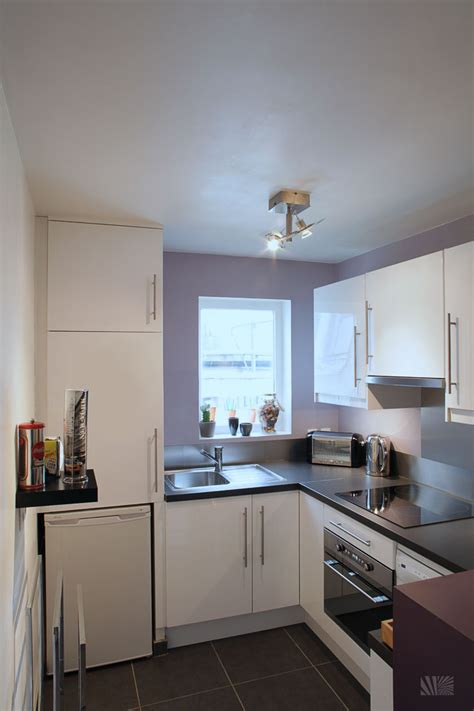 Design For A Small Kitchen Small Space Kitchen Interior Wellbx Wellbx