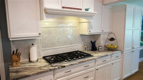 backsplash for kitchen countertops countertops or backsplash what s first